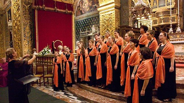 Chor singt Weihnachten
