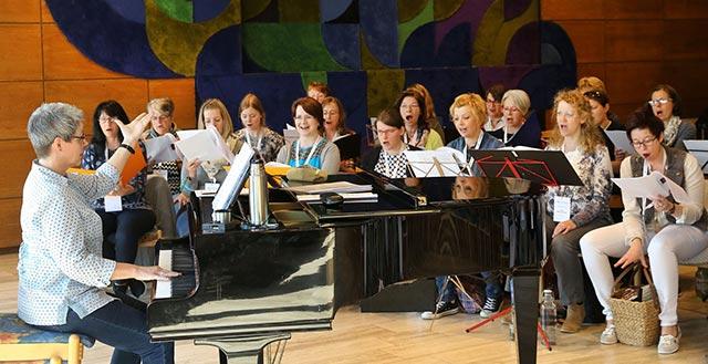 Einsatz am Klavier - Proben für Franziskusmesse